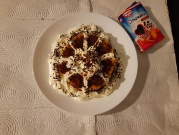 Prăjitura pregătită de LAVINIA