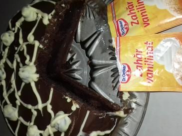 Prăjitura pregătită de Adina