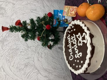Prăjitura pregătită de Elena